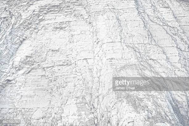 white chalk-cliff close-up - 炭酸石灰 ストックフォトと画像