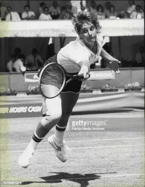 White City tennis womens NSW open in Picture:Evonne Cawley NSW def Chris O'Neil NSW. November 24, 1982. .