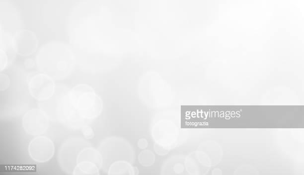 white defocused lights - luz brillante fotografías e imágenes de stock