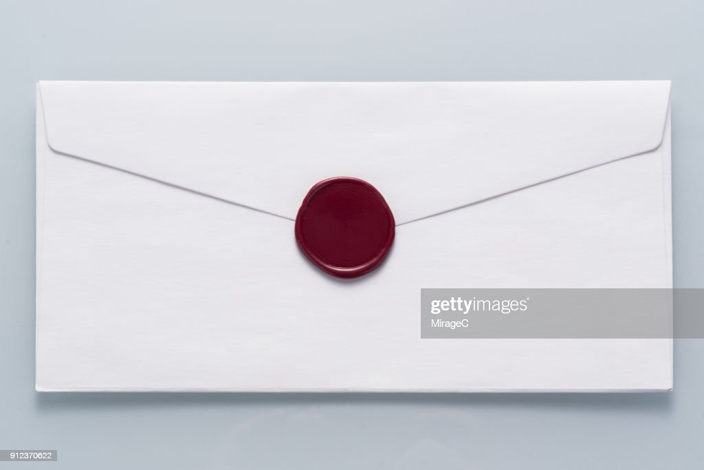 White Envelope Sealed with Wax Stamp : Stock-Foto