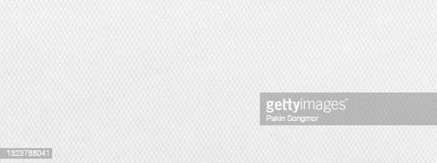 white fabric cloth polyester texture and textile background. - tessuto a rete foto e immagini stock