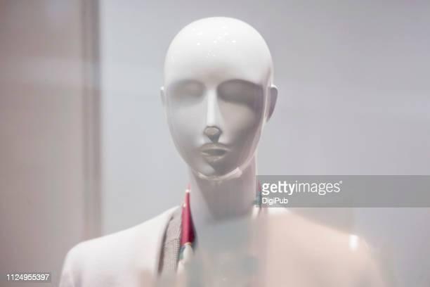 white female like mannequin - マネキン人形 ストックフォトと画像