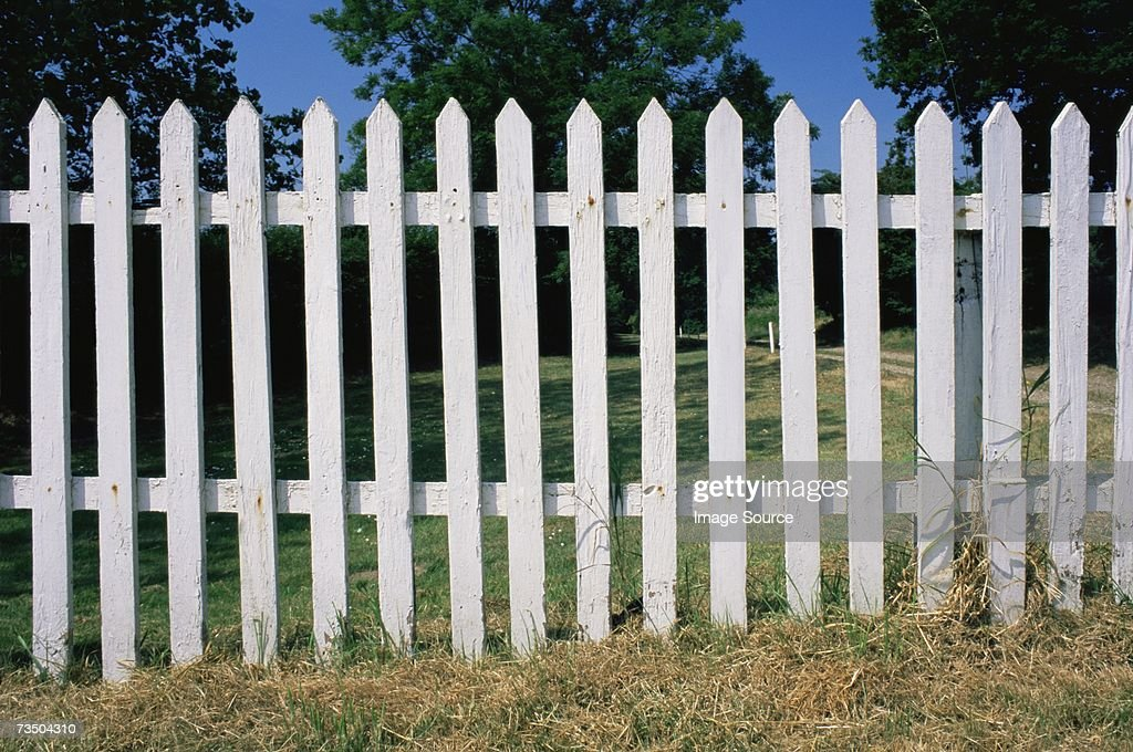 White fence : ストックフォト