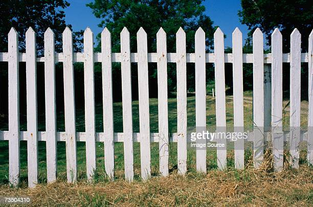 white fence - fence stock pictures, royalty-free photos & images