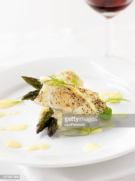 White Fish with Asparagus & Hollandaise Sauce