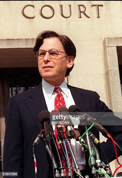 White House Aide Sidney Blumenthal talks to reporters 26 February outside the US District Court in Washington DC after testifing before a federal...