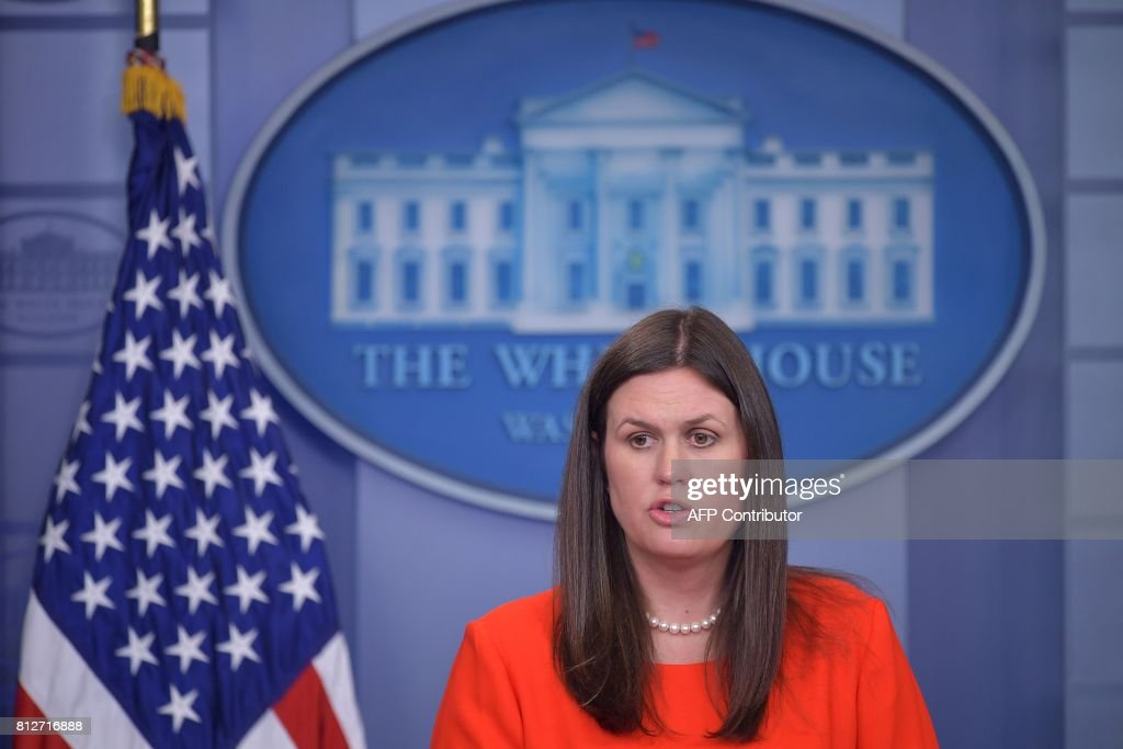 White House Deputy Press Secretary Sarah Huckabee Sanders speaks in the Brady Briefing Room of the White House on July 11, 2017 in Washington, DC. / AFP PHOTO / Mandel NGAN