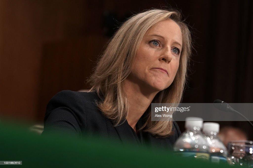 Fotos e imagens de nomination hearing held for kathleen laura