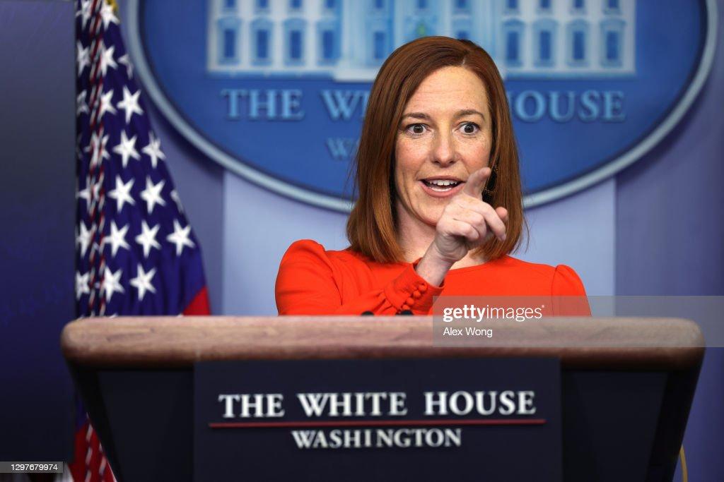 White House Press Secretary Jen Psaki Holds News Briefing At White House : ニュース写真