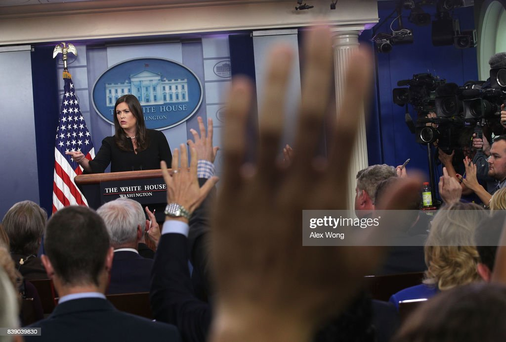White House Press Secretary Sarah Sanders Holds Daily Press Briefing : News Photo