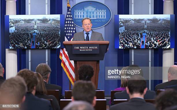 White House Press Secretary Sean Spicer delivers a statement in the Brady Briefing Room of the White House on January 21 2017 / AFP / Mandel NGAN