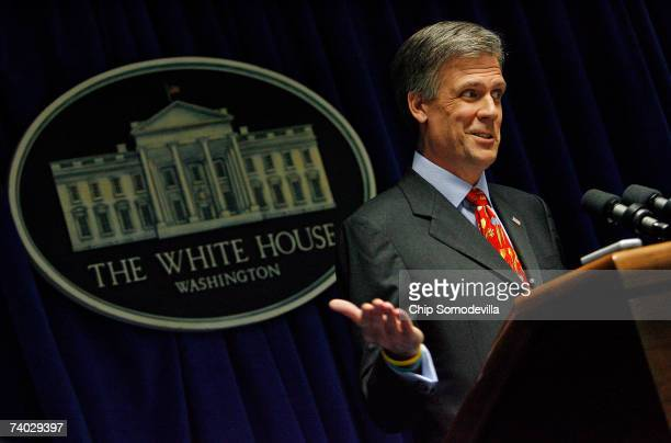 White House Press Secretary Tony Snow answers questions from reporters on his first day back to work April 30, 2007 in Washington, DC. Snow took a...