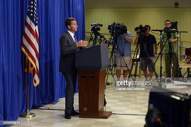 White House Principal Deputy Press Secretary Eric Schultz gives a press briefing to the media at the Edgartown School on August 22 2014 in Edgartown...