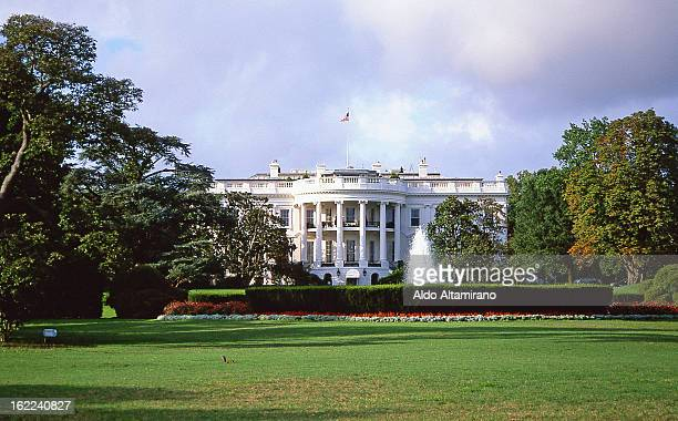 CONTENT] White House United State of America President's house USA politic politics government Washington DC Capital architecture icon iconic...