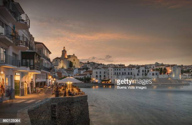 white houses at night in a mediterranean village - cadaques stock pictures, royalty-free photos & images