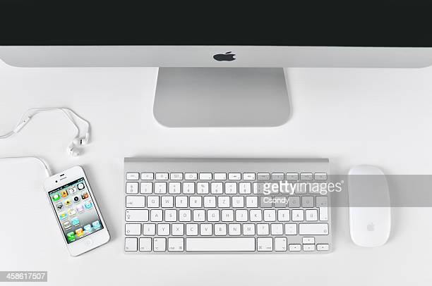 Branco iPhone 4 com iMac