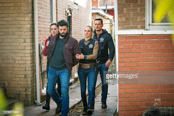 """White Knuckle"""" Episode 802 -- Pictured: Marina Squerciati as Kim Burgess, Tracy Spiridakos as Hailey Upton, Jesse Lee Soffer as Jay Halstead --"""