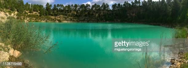 white lagoon in a karst area - actividad al aire libre stock pictures, royalty-free photos & images