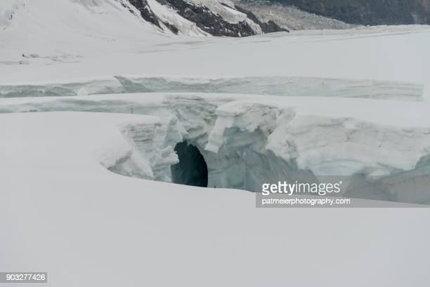 white landscapes - crevasse stock photos and pictures