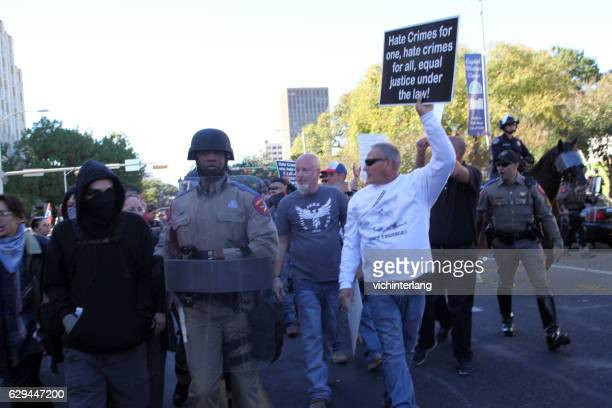 white lives matter rally, austin, tx, nov. 19, 2016 - racismo fotografías e imágenes de stock