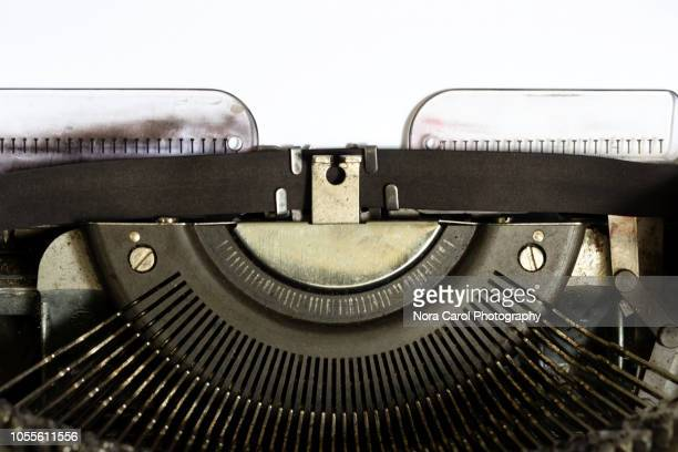 white paper on vintage typewriter - タイプライター ストックフォトと画像
