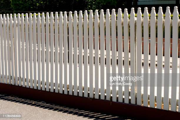white picket fence - lyn holly coorg stock pictures, royalty-free photos & images