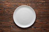white plate, wooden table, tablecloth, rustic wooden, clean, copy, freepik, table top view, wallpaper, dish, wall mural, silverware,