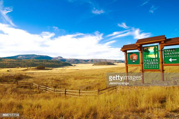 white rock, nm: valles caldera national preserve entry sign - caldera stock pictures, royalty-free photos & images