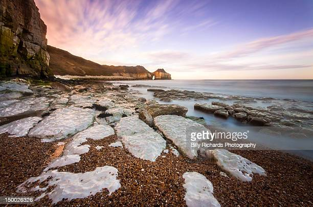 white rocks near sea - bridlington stock pictures, royalty-free photos & images