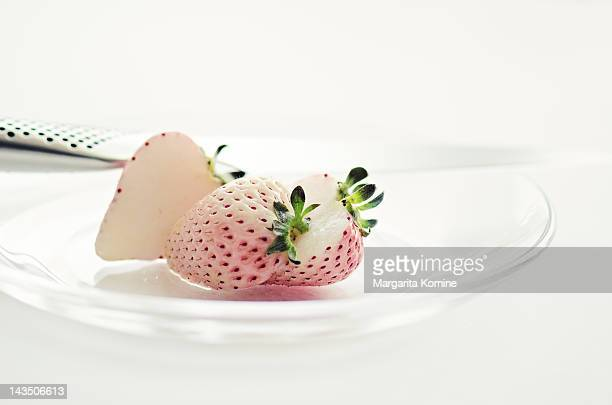 White strawberries in plate