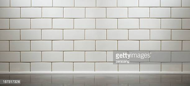 Un carrelage blanc comptoir de la cuisine