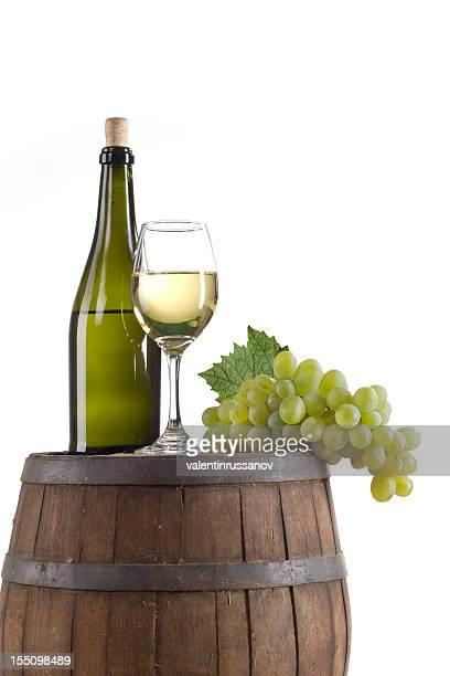 composición del vino blanco - chardonnay grape fotografías e imágenes de stock