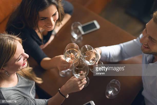 ホワイトワインでの乾杯