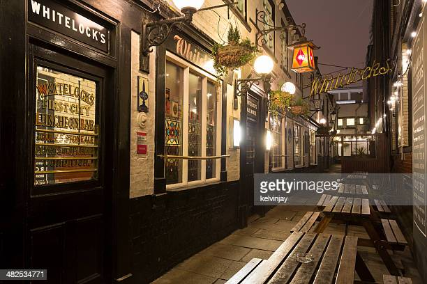 Whitelocks - One of the oldest pubs in Leeds