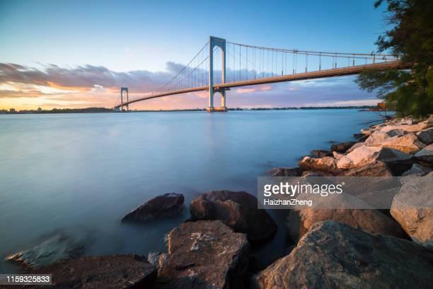 puente whitestone - queens fotografías e imágenes de stock