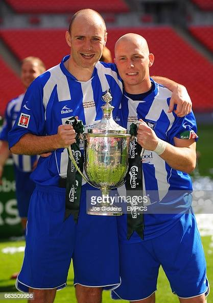 Whitley Bays Paul Chow And Lee Kerr Celebrate With The Fa Vase