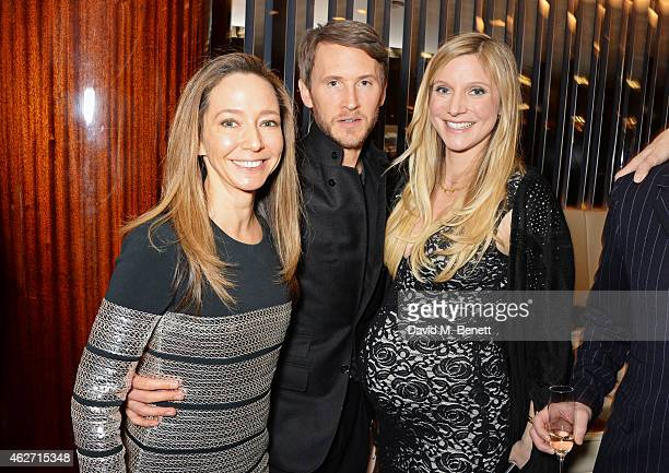 Whitney Bromberg Hawkings Peter Hawkings and Calgary Avansino attend a charity dinner hosted by Nicola Formby and AA Gill with Dana Hoegh in support...