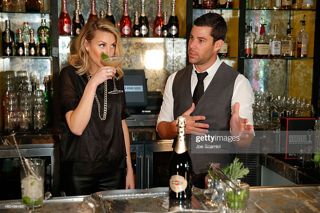 MARTINI Sparkling Wines And Whitney Port Cocktail Tasting : News Photo
