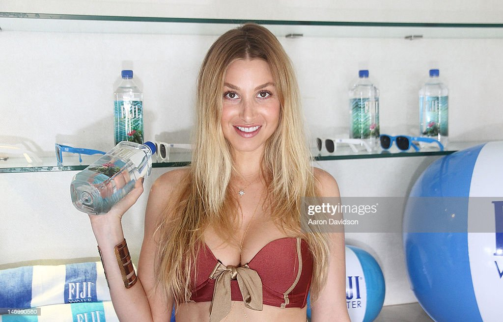 whitney port attends fiji water summer soak at perry hotel on june 24 2012 in