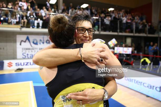 Whitney Souness of the Pulse hugs Coach Yvette McCauslandDurie during the ANZ Premiership Netball Final between the Pulse and the Stars at Te...