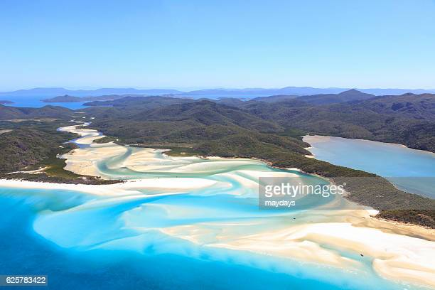 whitsunday islands, australia - whitehaven beach stock-fotos und bilder