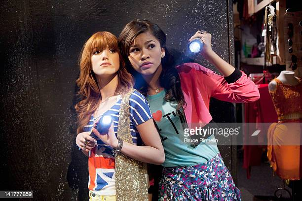 UP 'Whodunit Up' When a phantom threatens to shut down 'Shake It Up Chicago' CeCe Rocky Gunther and Tinka try to unmask the culprit before any damage...