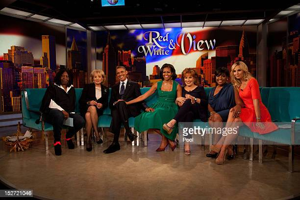 Whoopi Goldberg Barbara Walters US President Barack Obama first lady Michelle Obama Joy Behar Sherri Shepherd Elisabeth Hasselbeck pose for a photo...