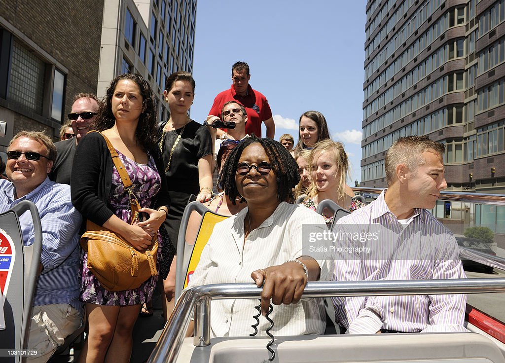 Whoopi Goldberg Honored In Gray Line New York's Ride Of Fame Campaign : News Photo