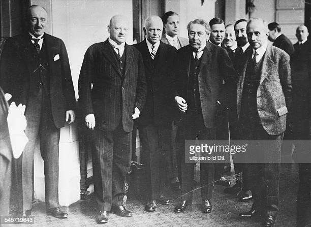 Während der Tagung des Rates des Völkerbundes in Lugano Staatssekretär von Schubert Aussenminister Gustav Stresemann Aristide Briand Scialoja
