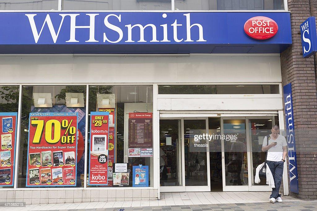 WHSmith Store, Glasgow : Stock Photo
