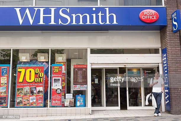 negozio whsmith, glasgow - theasis foto e immagini stock
