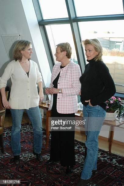 Wibke Bruhns , Tochter Meike Bruhns , Tochter Annika Bruhns-Petersson , Homestory, Berlin, ,