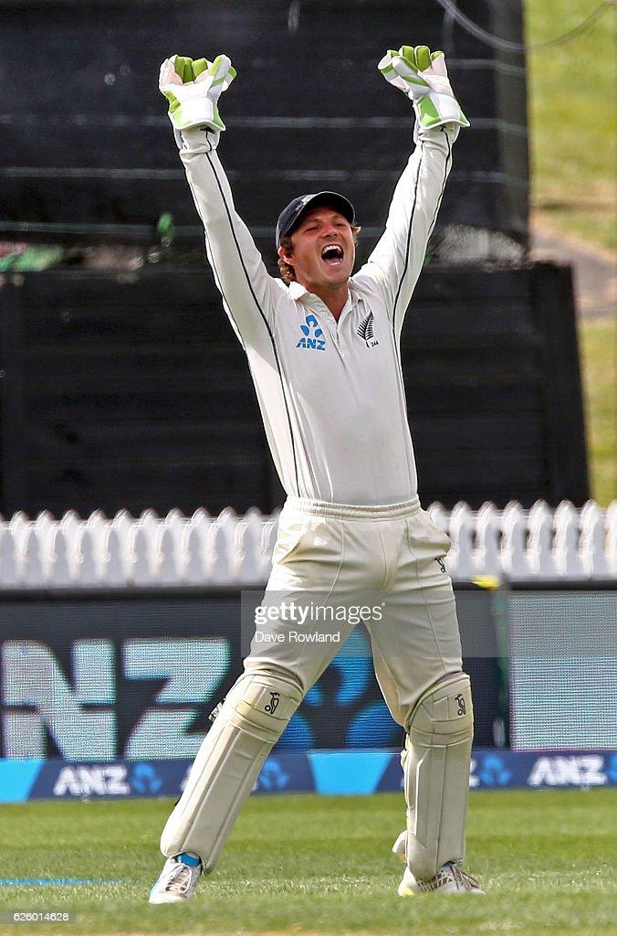 New Zealand v Pakistan - 2nd Test: Day 3