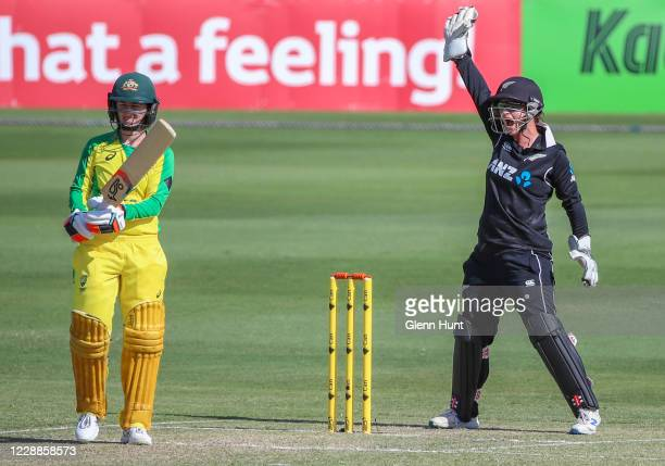 Wicket keeper Katey Martin of New Zealand makes an appeal to the umpire during game one in the women's One Day International Series between Australia...